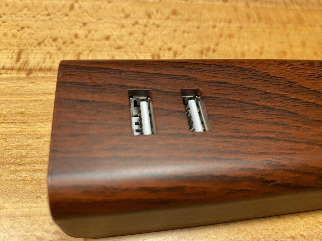 M4020 USBポート
