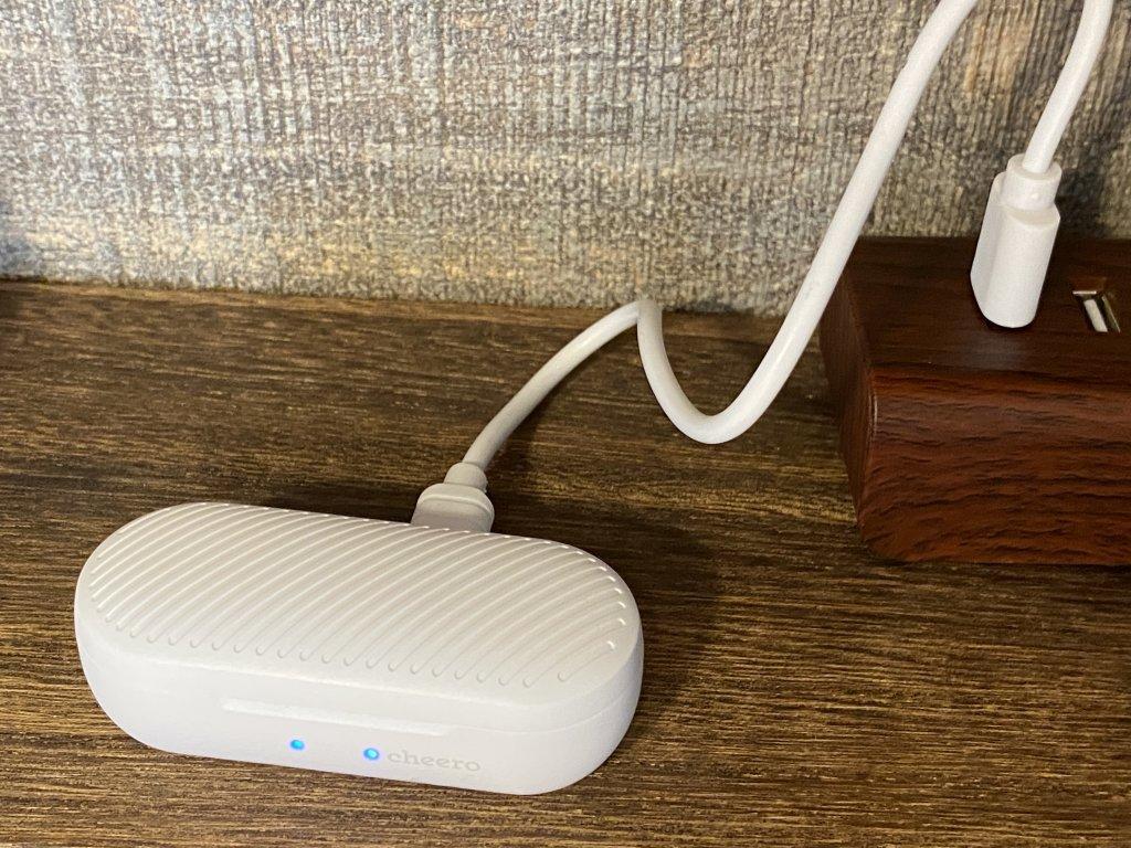 cheero Wireless Earphones Light Style 充電ケース充電