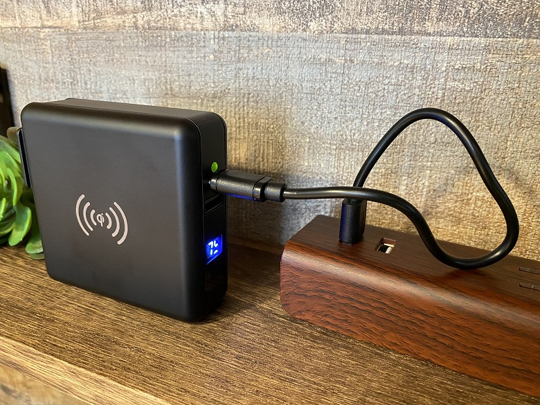 SuperMobileCharger USBポートから充電