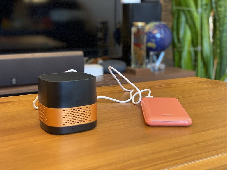 LUFT Cube モバイルバッテリー