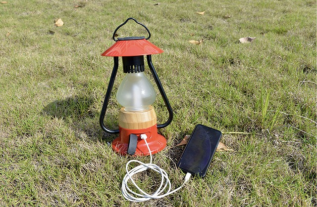 Bluetoothスピーカー付き山小屋風LEDランタン モバイルバッテリー