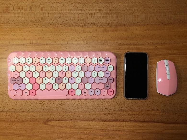 ハニーカラフルキーボード スマホと比較