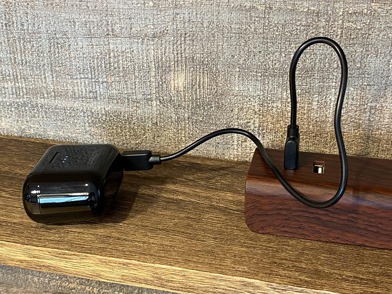 COUMI Ear Soul TWS-817A 充電