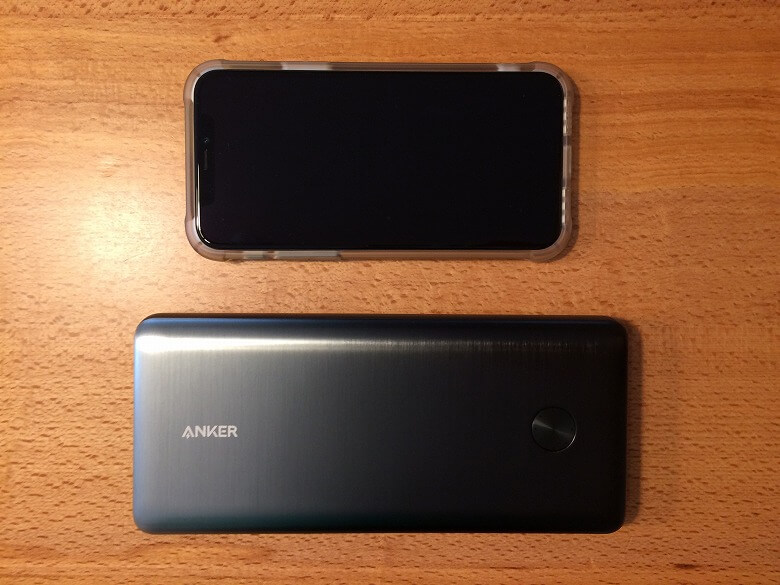 Anker PowerCore III Elite 25600 87W スマホと比較