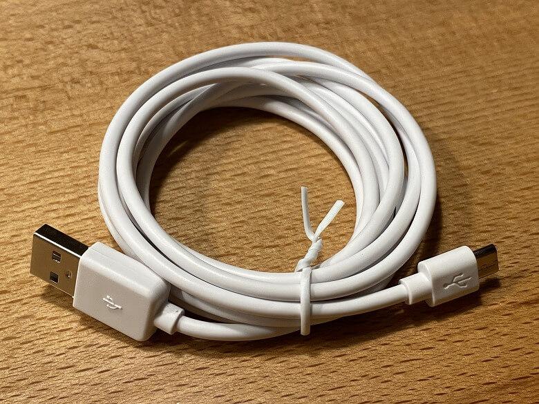 Eufy IndoorCam 2K Pan & Tilt USBケーブル