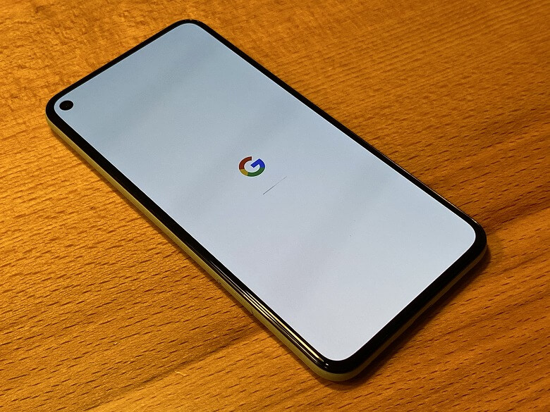 Google Pixel 5 ベゼルが狭い