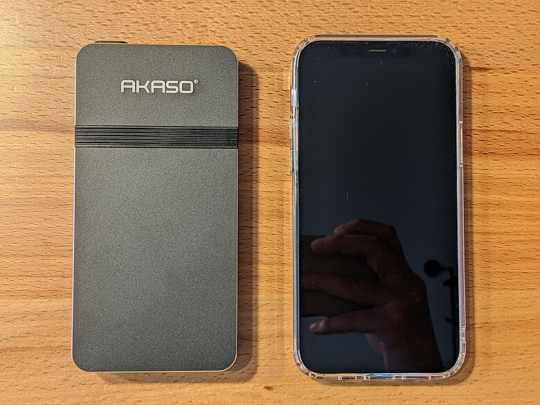 AKASO ミニビデオプロジェクター スマホと比較