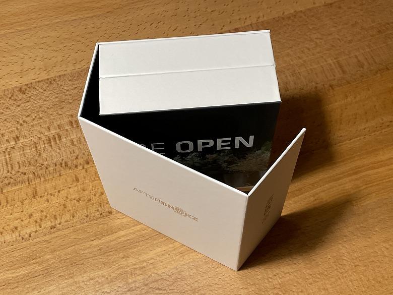 AfterShokz Aeropex Play 内箱を開ける